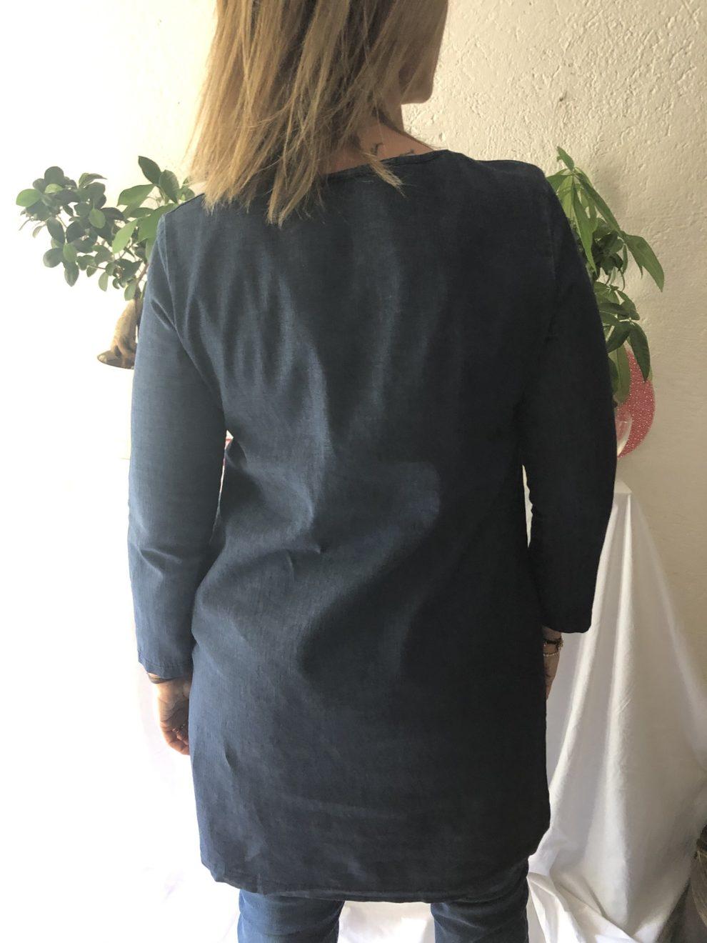 Mini abito jeans NAM particolare - dietro