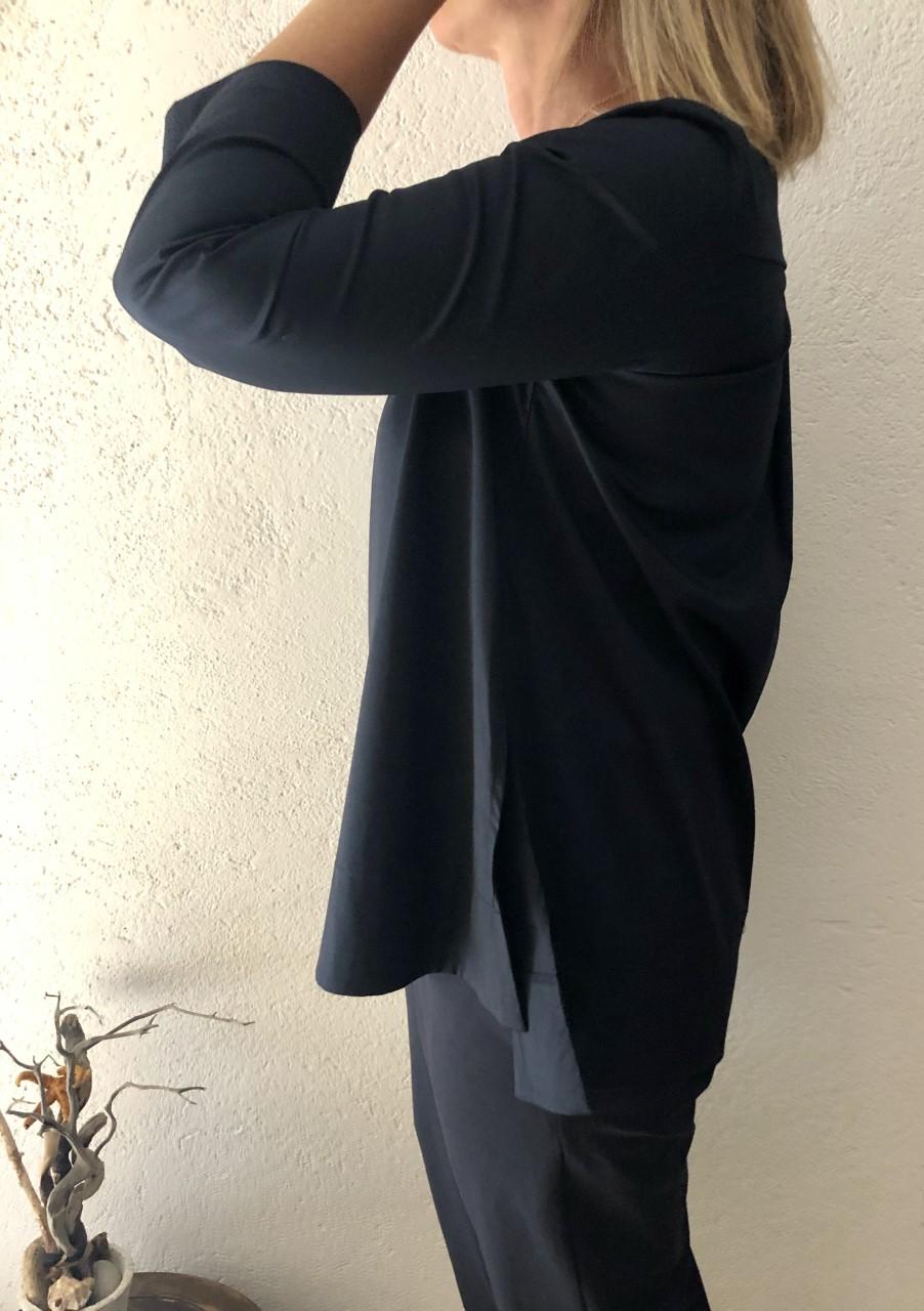 Camicia NAM blu particolare - laterale