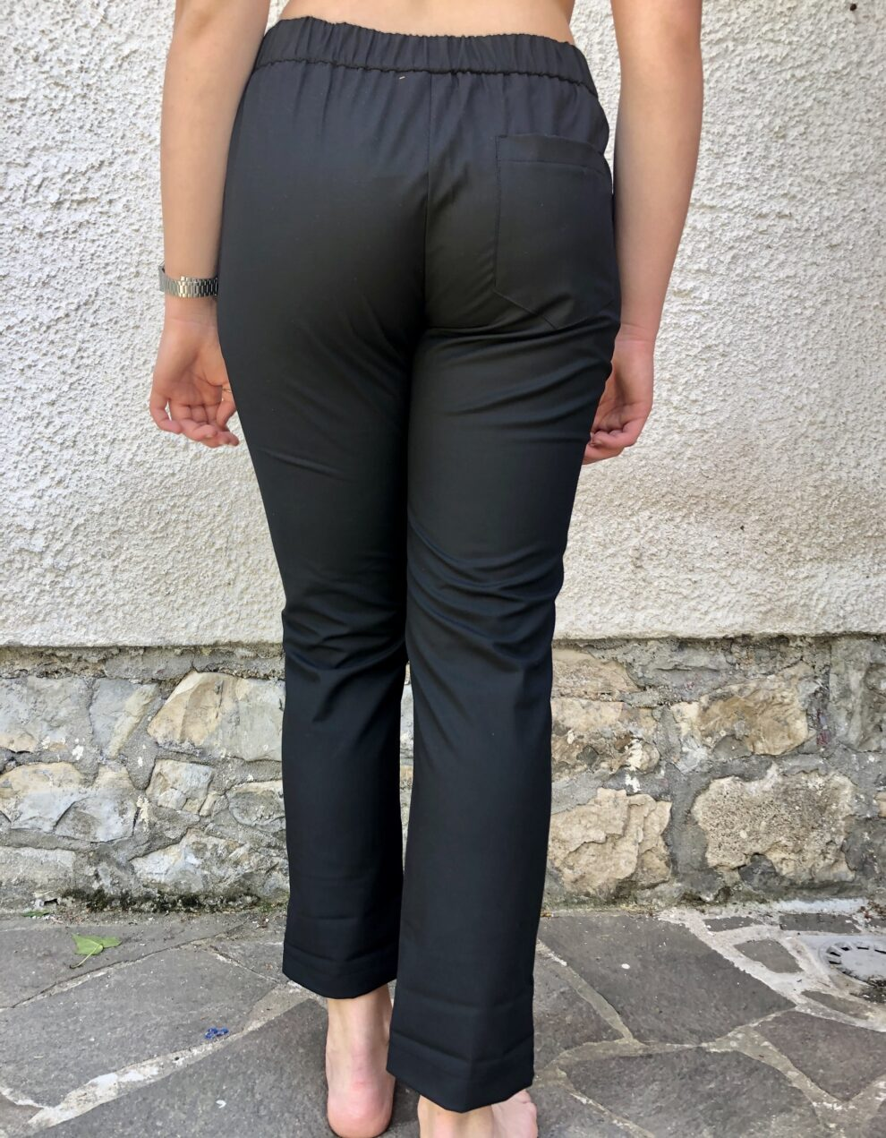 Pantalone Nero Nam particolare - dietro
