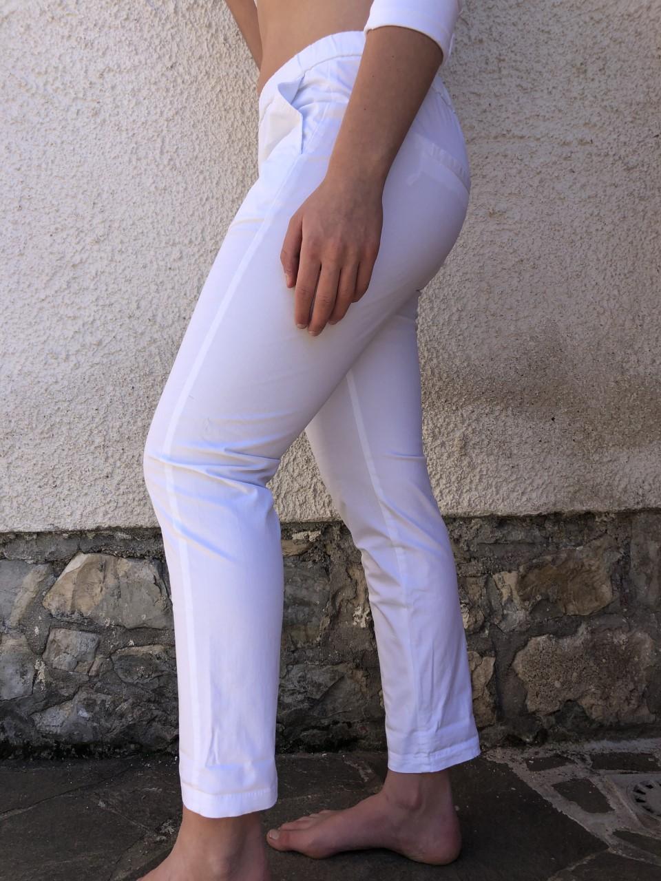 Pantalone bianco NAM particolare - laterale