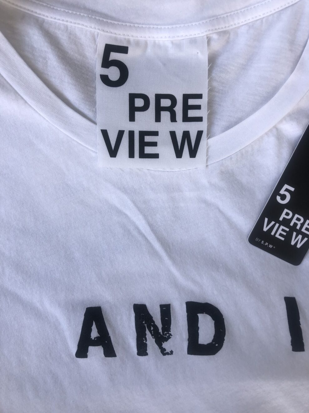 T-shirt 5 Preview particolare-brand